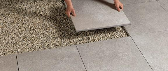 Dry installation on gravel and sand