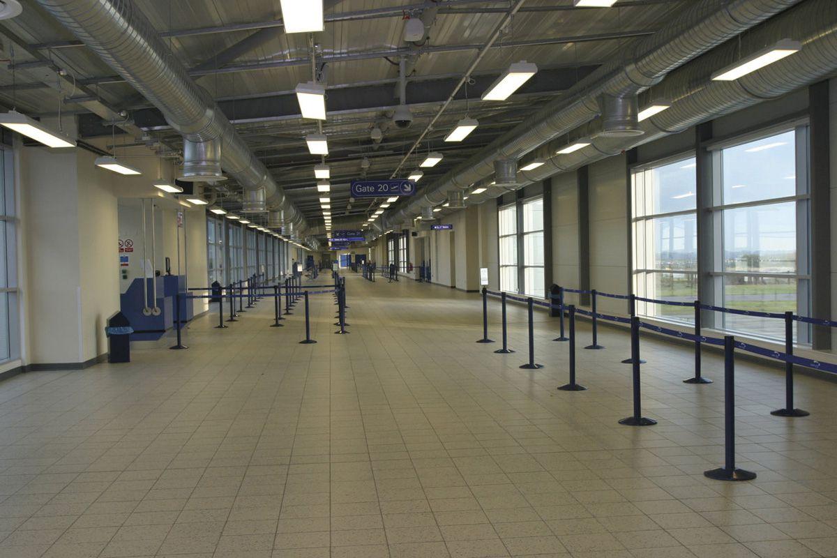 London Luton Airport United Kingdom Fmg