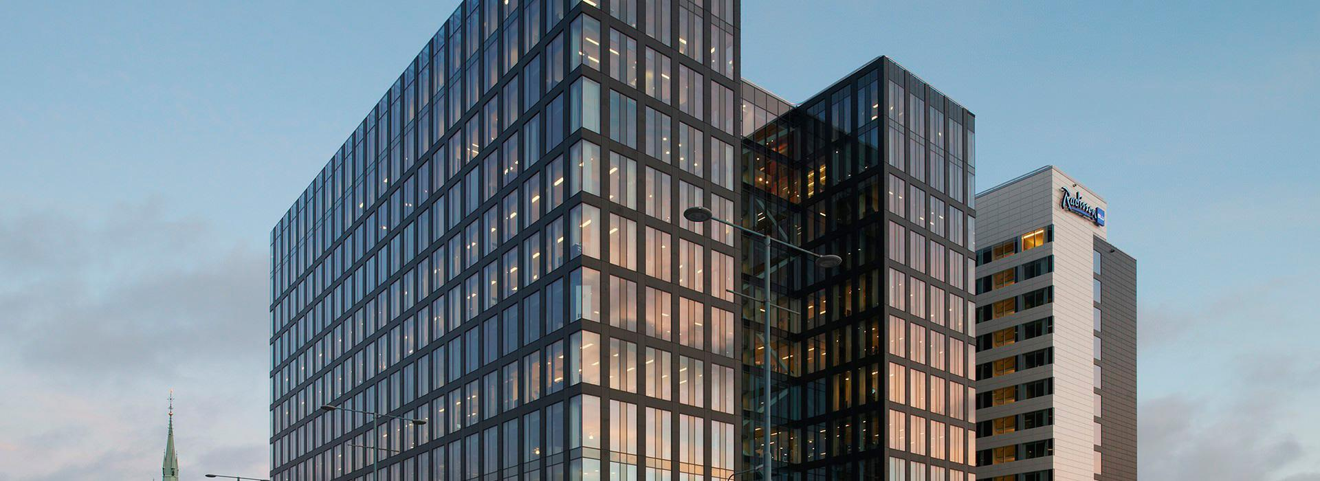 Ventilated walls, covering outdoor facades - FMG